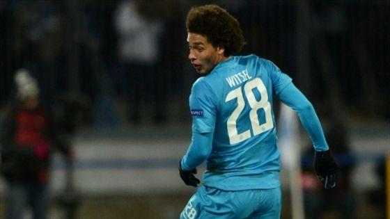 Підопічний Луческу замовчує про трансфер в топ-клуб Європи