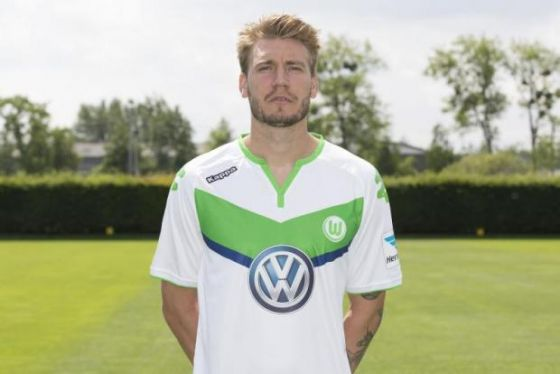 35_nicklas_bendtner.jpg (24.74 Kb)