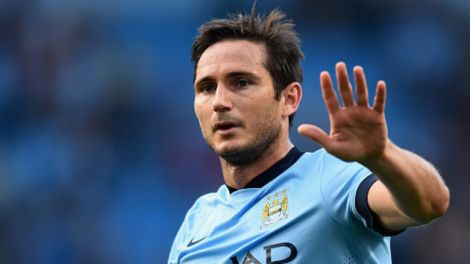 4403_455869926-frank-lampard-of-manchester-city-salutes-the-chelsea.jpg (16.55 Kb)