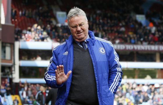 5832_hiddink.jpg (36.14 Kb)