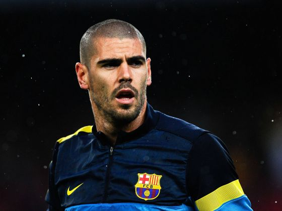 6837__the_best_player_of_barcelona_victor_valdes_0747_.jpg (26.97 Kb)