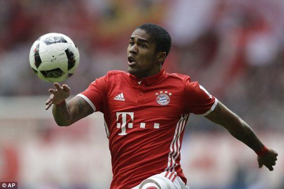 Футбол: «Ювентус» орендує у«Баварії» Дугласа Косту