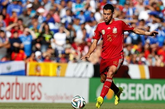 8787_sergio-busquets-soccer-friendly-spain-vs-el-salvador-850x560.jpg (41.67 Kb)