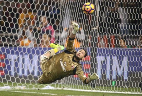 ac-milan-v-juventus-fc-2016-italian-super-cup.jpg (56.25 Kb)