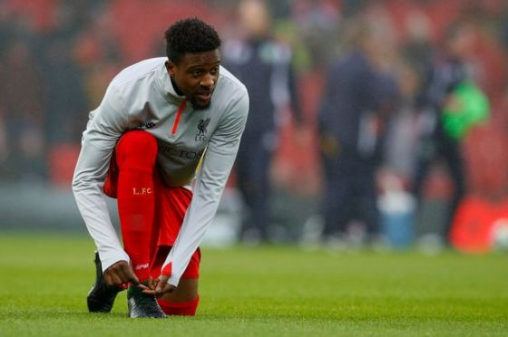 liverpools-divock-origi-warms-up-before-the-match.jpg (26.29 Kb)