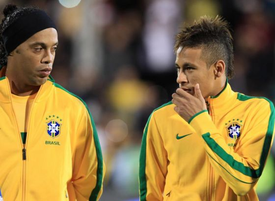 neymar-admire-ronaldinho.jpg (35.12 Kb)