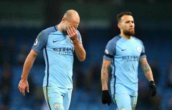 pablo-zabaleta-of-manchester-city-looks-dejected-after-the-premier-picture-id632306086.jpg (27.46 Kb)