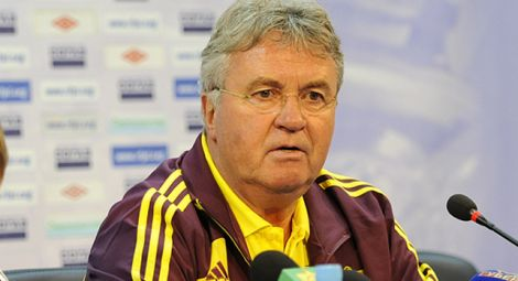 8199_hiddink_anzhi.jpg (20.13 Kb)