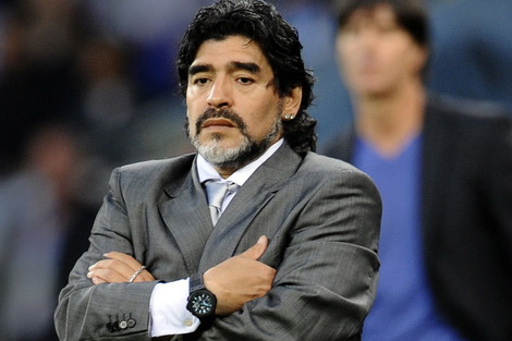 diego-maradona-fb.jpg (54.08 Kb)