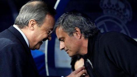 florentino_conversa_con_mourinho.jpg (17.76 Kb)