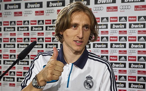 modric_real-madrid_-403.jpeg (80.64 Kb)
