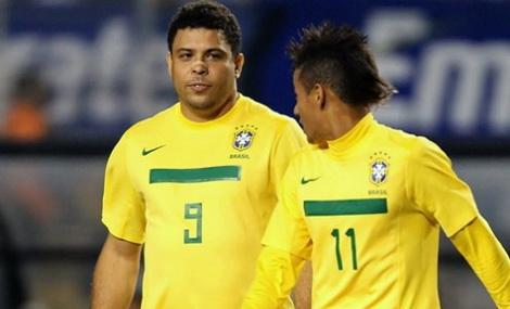 ronaldo-neymar-8567.jpg (45.79 Kb)
